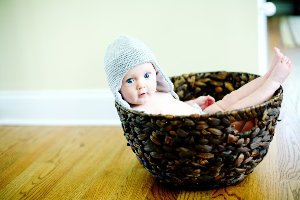 baby photography ideas, baby basket photo prop,