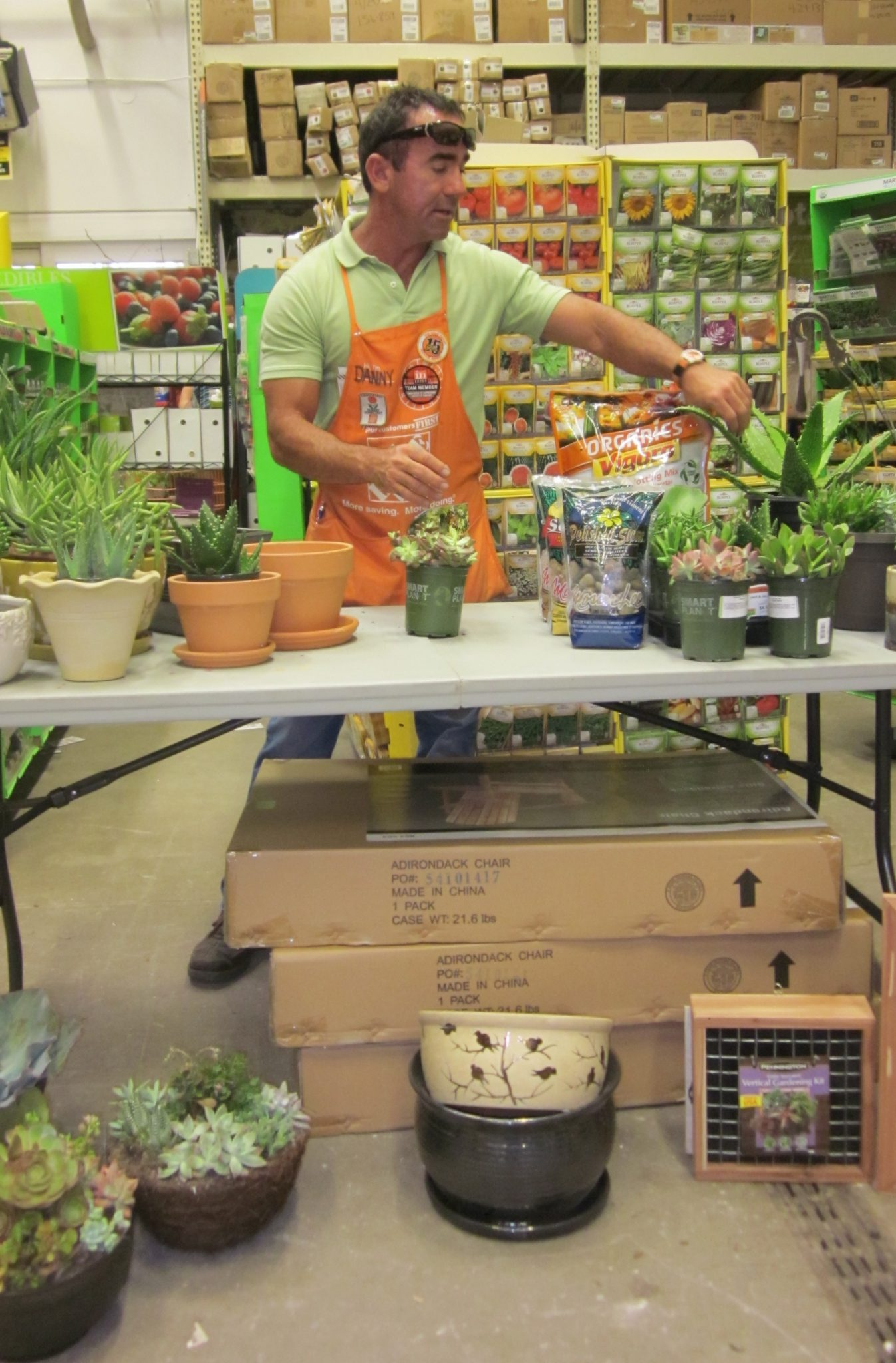 Home Depot free workshop, gardening workshop, succulent garden DIY tutorial, local gardening expert