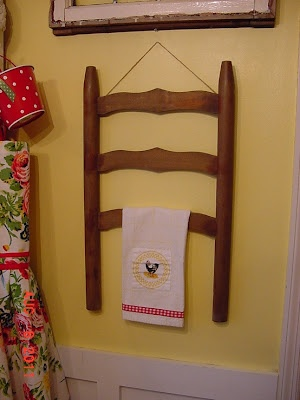 Upcycle decore, recycle decor, repurposed, thrift store finds, DIY towel rack from broken chair, broker furniture