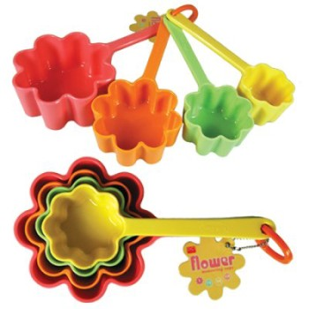 Mohawk - Homescapes - Kitchen - Kids - Playtime - Safety - Measuring - Cups - www.funslurp.com