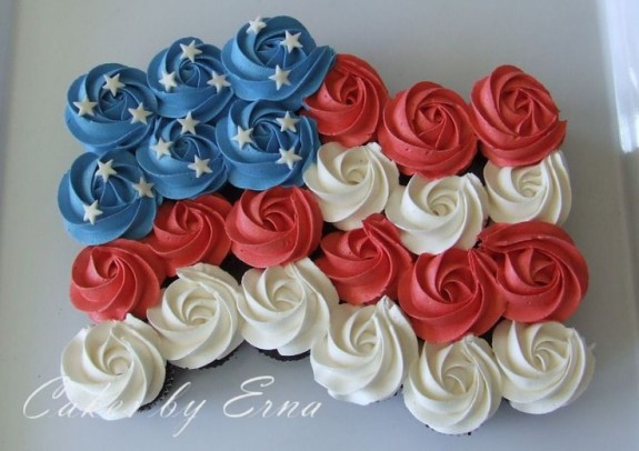 Red, white and blue patriotic cupcakes