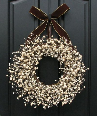 Winter Wreaths - DIY winter wreath ideas - crafts - Mohawk Home - etsy