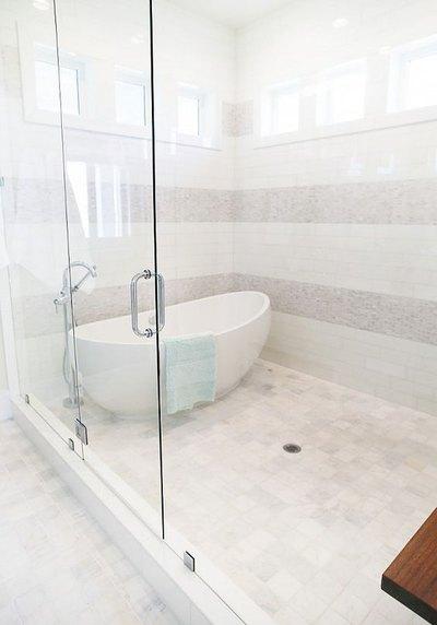 Five Bathroom Decor Trends For Mohawk Home - Latest trends in bathroom decor
