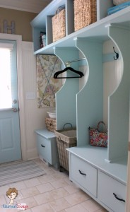 Cottage style decor has a signature look; here's how to get cottage style in your home - mohawkhomescapes.com