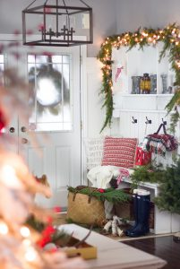 Holiday Home Decor for Every Nook and Cranny- Holiday Entryway from the Craftberry Bush Blog