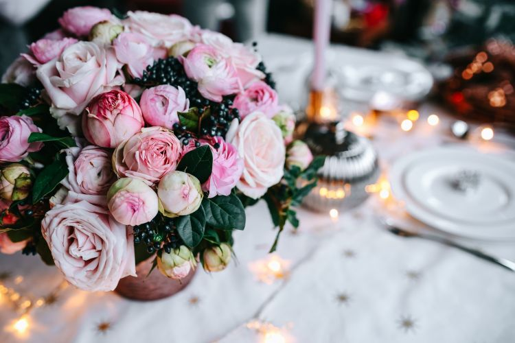 Holiday table decor using millennial pink
