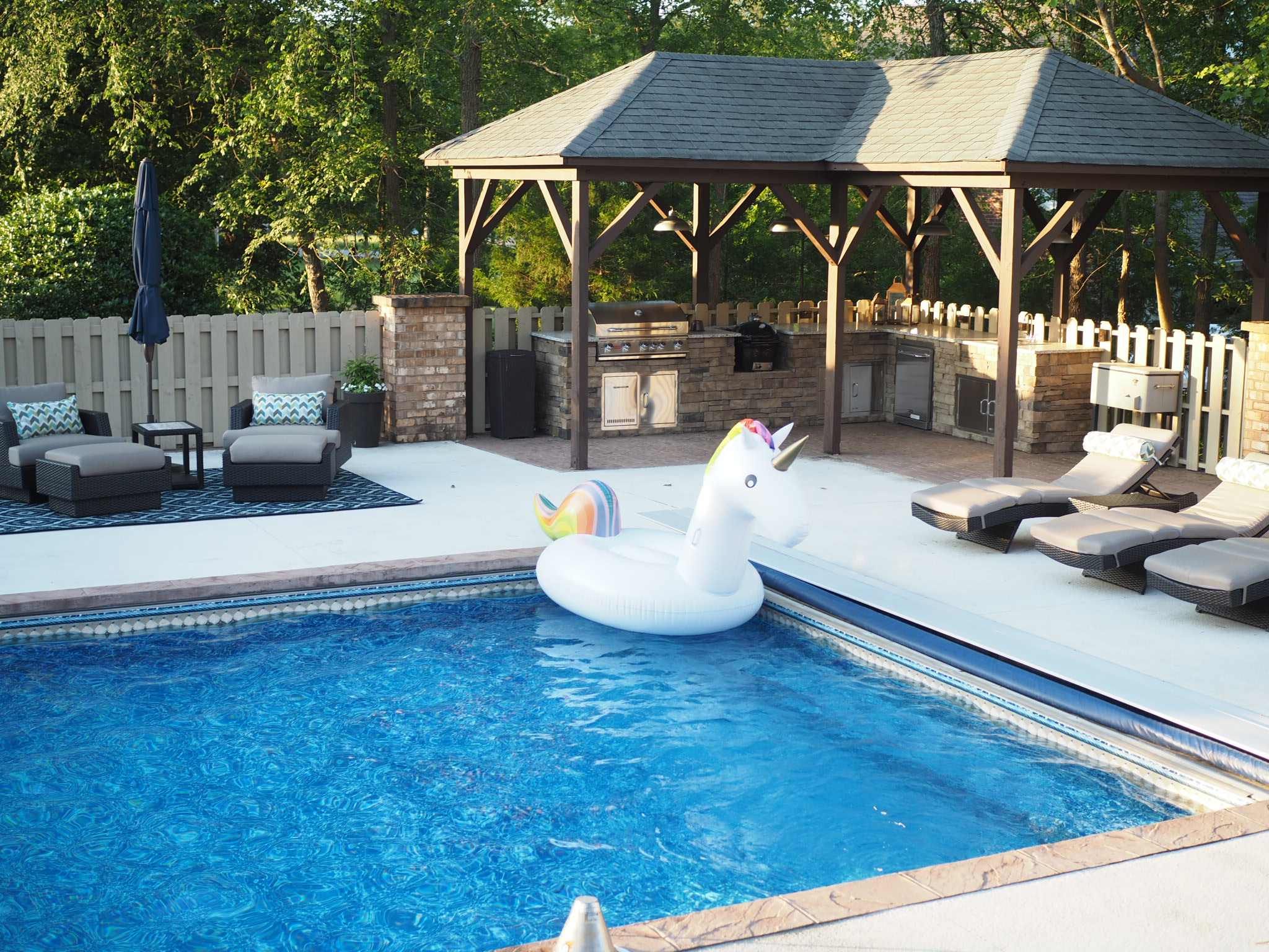 Patio Es And Pool Decks Can Oftentimes Present A Design Challenge The Be Oversized Expansive Defining Individual Or Seating