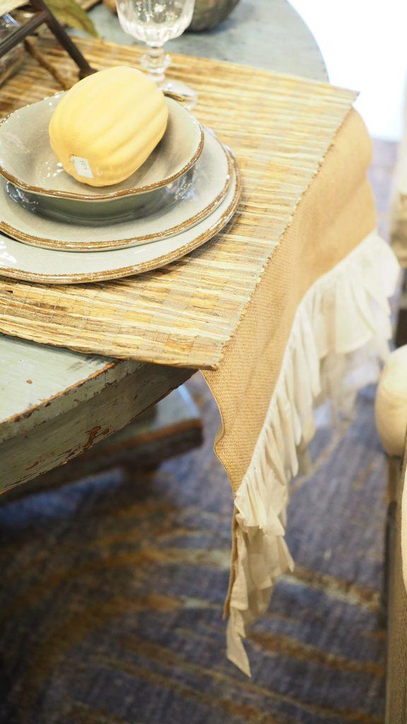 Thanksgiving tablescape ideas