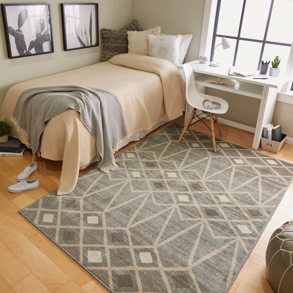 Mohawk Home Avon Park printed area rug in Gray