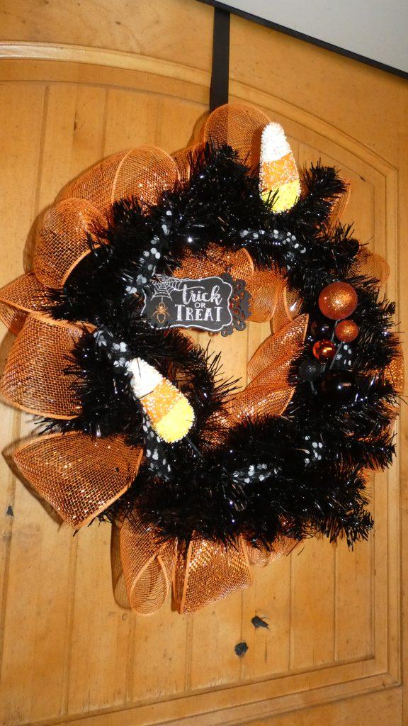 DIY Halloween wreath for your home decor
