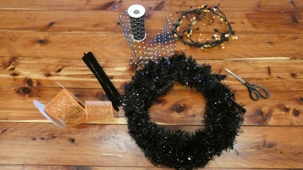 Supplies for your DIY Halloween Wreath